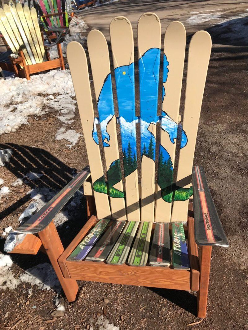 Merveilleux Sasquatch Mural Adirondack Ski Chair